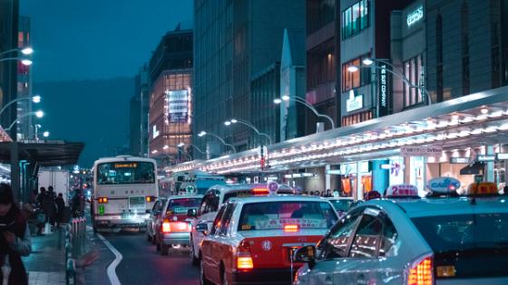 コロナウイルスのせいで交通量が増えたので事故に注意です!
